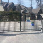 00519 Metal Gates