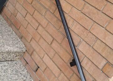 00788 Outdoor Handrails