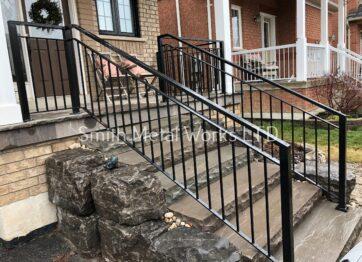 01107 Outdoor Porch Railings